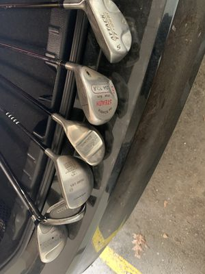 Assorted Right handed golf clubs for Sale in Watertown, MA