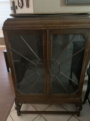 Amazing antique curio cabinet for Sale in Chandler, AZ