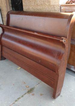 Queen SLEIGH BED for Sale in Murray,  UT