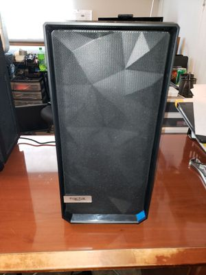 Fractal Design Meshify C Dark TG case for Sale in Moreno Valley, CA