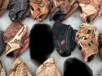 Baseball Gloves $20 Each Equipment Bats Rawlings Easton Wilson Adidas for Sale in Los Angeles,  CA