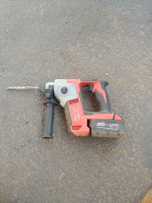 "Millwaukee 5/8"" roto hammer for Sale in Mulino, OR"