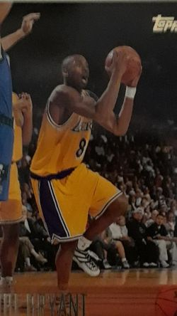 1996-1997 TOPPS KOBE BRYANT LOS ANGELES LAKERS ROOKIE CARD #138 for Sale in Clovis,  CA