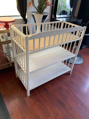 Changing table for Sale in Glendale, CA