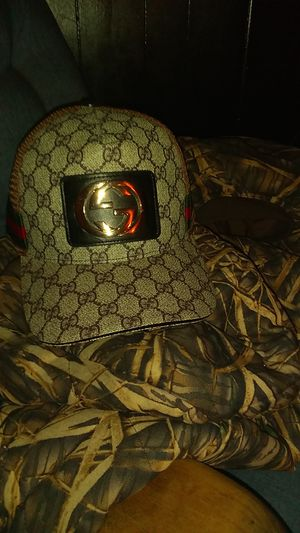 Gucci hat for Sale in Brentwood, CA