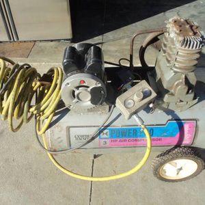 {{3-Hp. Roll a Round, Air compressor 220-V.}} for Sale in Wichita, KS