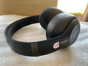 Beat studio 3 authentic headphones wireless brand new for Sale in Las Vegas, NV
