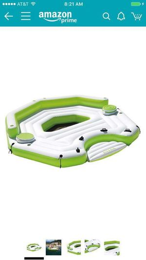 Unopened Hytex // 6 pax lake floater with built in coolers for Sale in New York, NY