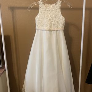 David's Bridal Flower Girl Dress for Sale in Litchfield Park, AZ