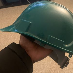 Construction helmets for Sale in New York, NY