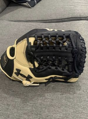 Under Armour Baseball Glove for Sale in Ontario, CA