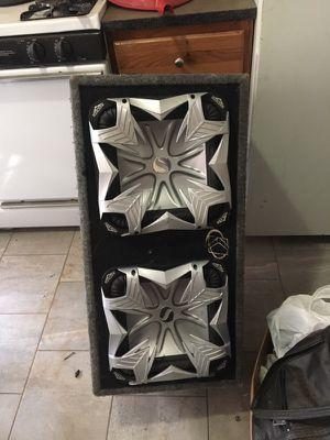 2 12 inches kicker 2400 watts for Sale in Boston, MA