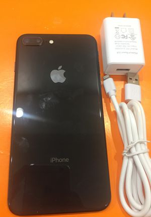 iPhone 8 Plus 64gb UNLOCKED with UNLOCKED with 6 months warranty for Sale in Boston, MA
