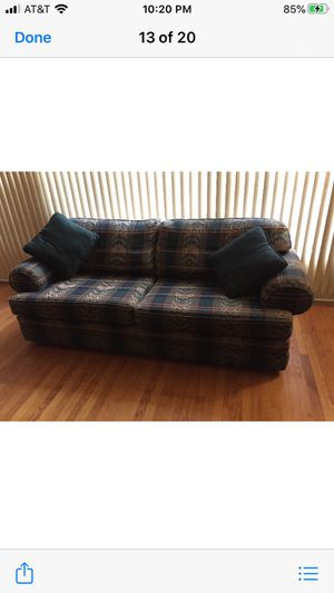Free queen size sofa sleeper with matching love sofa for Sale in Evanston, IL