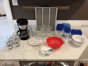 Starter Kitchen Set - Coffee Maker, Hand Mixer & More! for Sale in St. Louis, MO