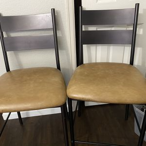 2 Countertop Stools for Sale in Arvada, CO