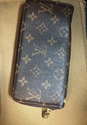 Louis Vuttion women's wallet for Sale in South Norfolk, VA