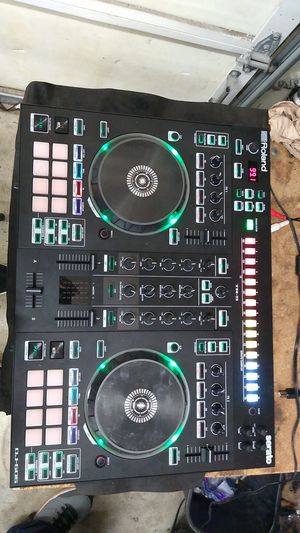 Roland dj 505 dj controller for Sale in Mokena, IL