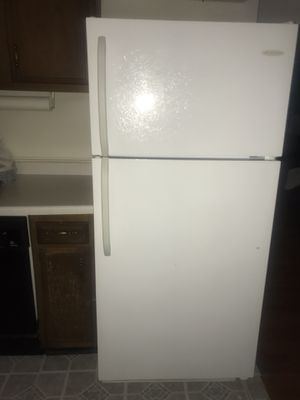**NEED TO SELL DEAL** Frigidaire Refrigerator and Gas Range and GE Potscrubber Dishwasher $700 *OPEN TO NEGOTIATE for Sale in Fort Washington, MD