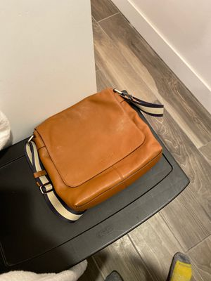 Men's coach messenger bag for Sale in Phoenix, AZ