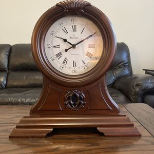 Beautiful Bulova Clock for Sale in Atlanta, GA