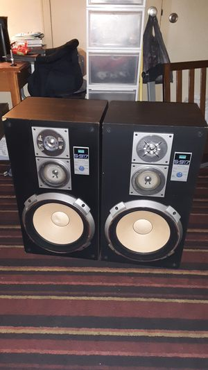 Sansui s-917 3-way speaker system for Sale in Christiansburg, VA