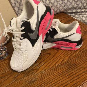 Nike Air Max Shoes for Sale in Pekin, IL