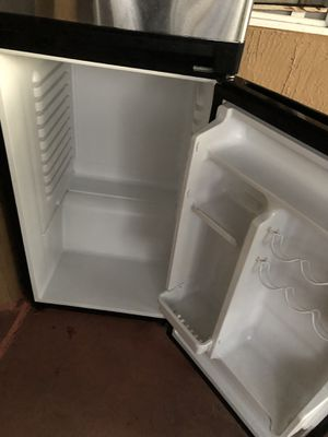 Stainless steel refrigerator haier for Sale in Pompano Beach, FL