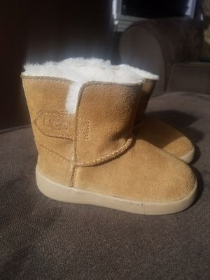 Toddler Ugg Boots for Sale in Wyandotte, MI