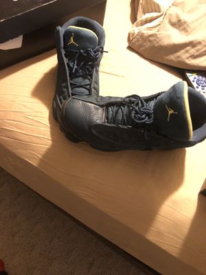 Men's 10-1/2 Jordan's . 13's for Sale in Toledo, OH