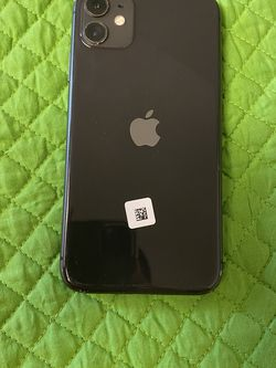 iPhone 11 Unlocked For All Carriers for Sale in Kent,  WA