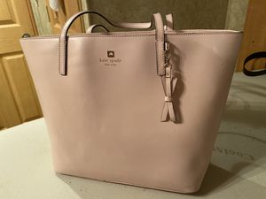 Kate spade pink tote bag for Sale in Tomball, TX