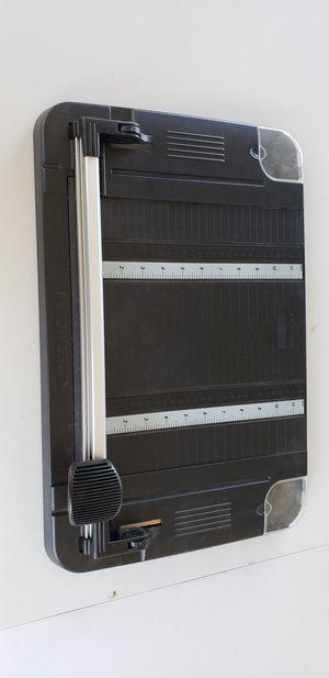 Fiskars desktop rotary trimmer for Sale in San Diego, CA