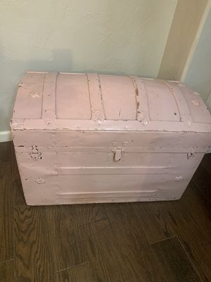 Antique trunk with wheels for Sale in Norman, OK
