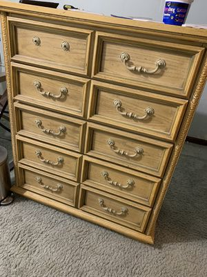 5 piece bedroom set for Sale in Lake Lotawana, MO