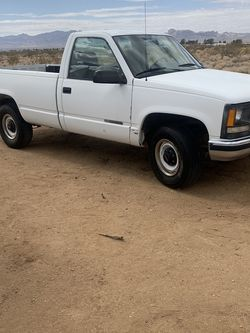 1995 Chevy wonton 242,000 miles for Sale in Glendale,  AZ