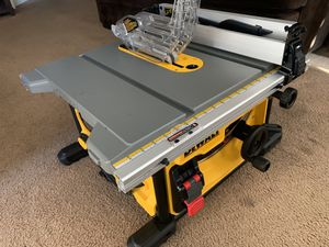 """DeWALT 8-1/4"""" Job-Site Compact Table Saw for Sale in Pomona, CA"""