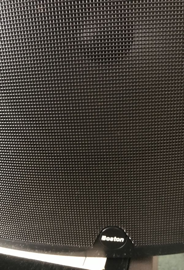 boston acoustics Cr8 Speakers Pair
