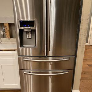 Samsung Refrigerator for Sale in Ashburn, VA