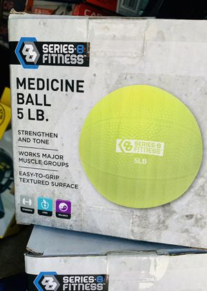 5 lb NEW MEDICINE BALL for Sale in Sunrise, FL