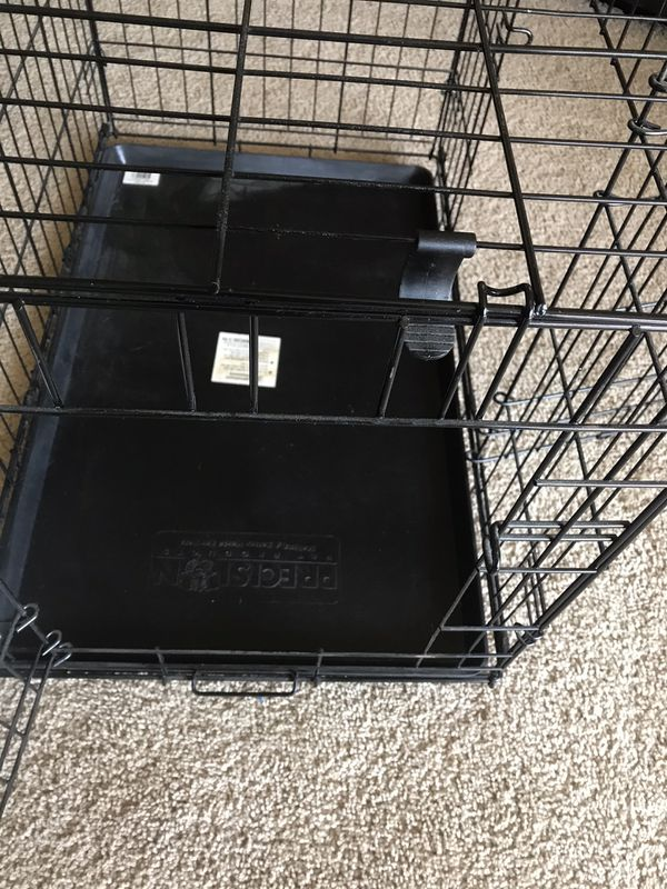 """Dog Crate Double Door with Pan Liner Precision 3000 Pet Products 30""""L x 19""""W x 21""""H Only Used Once"""