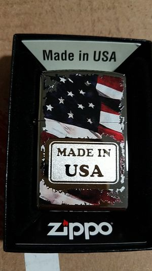 Zippo made in USA high polished chrome 29679 for Sale in Los Angeles, CA