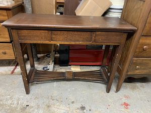 Oak entry table for Sale in Freedom, PA