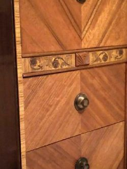 1930'S ARMOIRE Wood BEAUTIFUL Finish for Sale in Beverly Hills,  CA