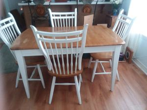 Kitchen table with leave and 4 sturdy chairs. for Sale in Pensacola, FL