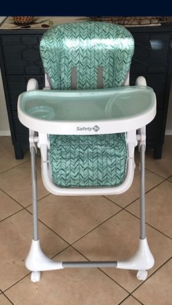 Safety 1st high chair for Sale in Surprise,  AZ