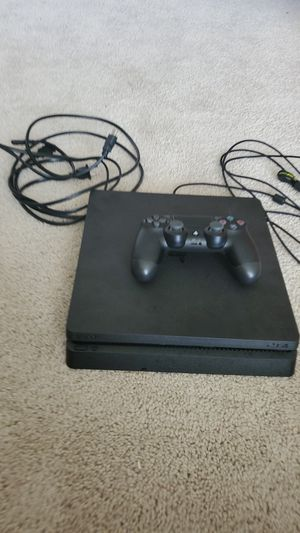 PS4 and 1 controller for Sale in Lawrenceville, GA