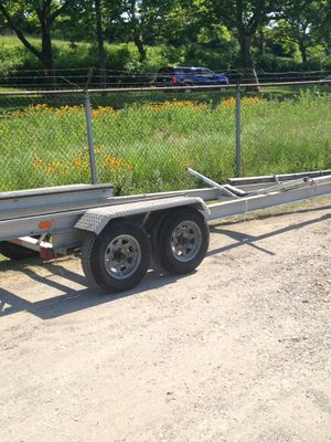 28' Aluminum Boat Trailer. Good Condition for Sale in Cleveland, OH