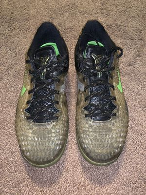 Nike Air Zoom Kobe 8 System SS Travis Christmas 639522-001 Yeezy Boost 350 Astroworld for Sale in Trenton, NJ