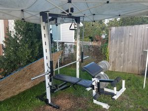 Bench, Smith Machine with Lat pulldown and low pulley for Sale in Mill Creek, WA